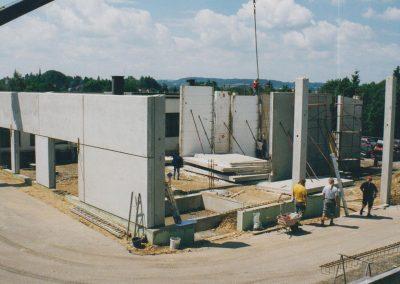 1997 Errichtung des Gebrauchtwagenplatzes