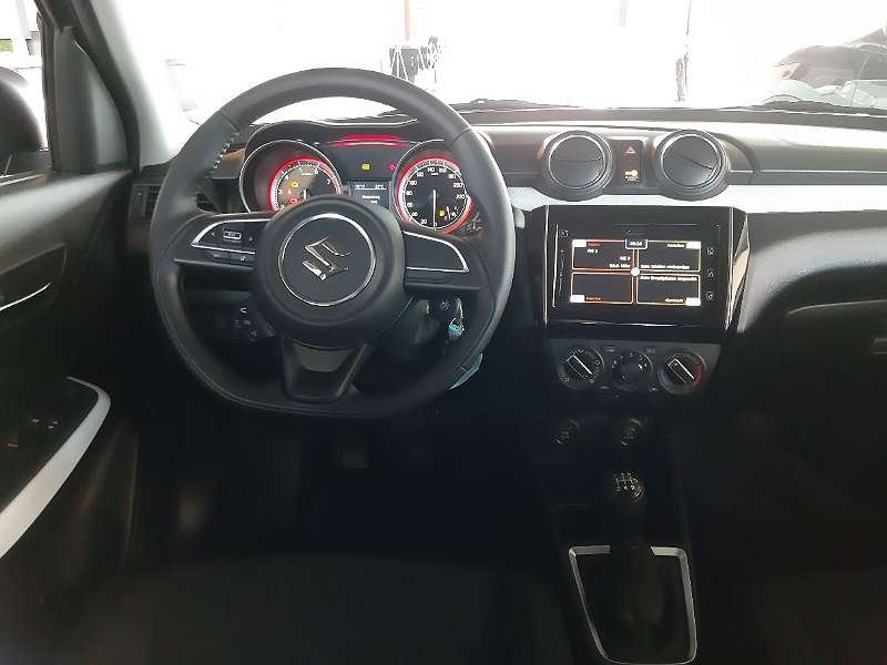 Suzuki Swift Cockpit