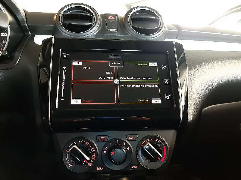 Suzuki Swift Display